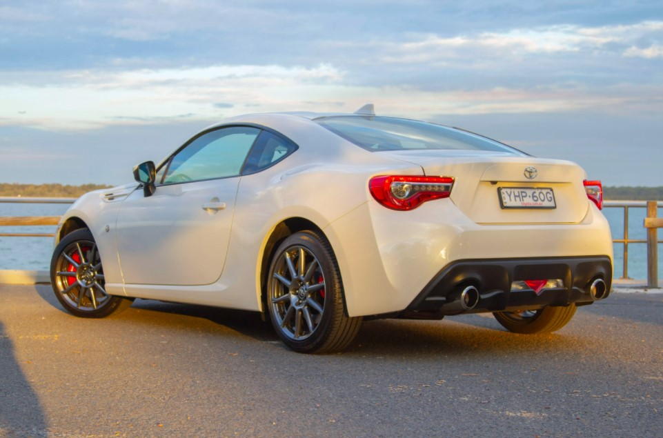2021 Toyota GT 86 Coupe Specs